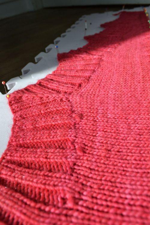 Scarf shawlette